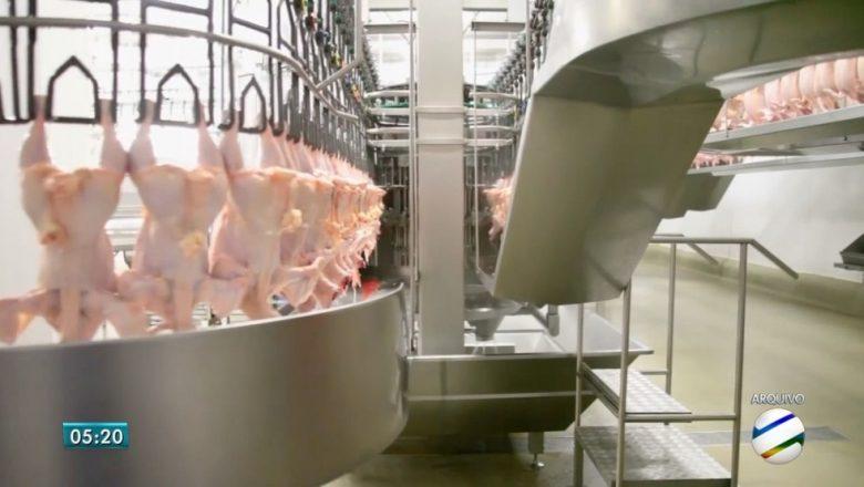 Aurora diz que governo chinês não confirmou presença de coronavírus em frango importado do Brasil