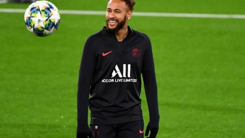 Neymar volta a treinar depois de testar positivo para covid-19: #coronaout