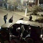 Quadrilha sitia Centro de Criciúma e faz reféns em assalto a banco