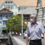 """""""Culpa das autoridades"""", diz médico sobre 201 mortes por coronavírus e novo pico em Blumenau"""